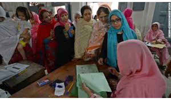3)-Sindhi-women-vote-(Credit-news.ripley.za