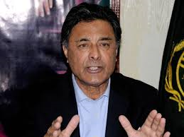 Col Shuja Khanzada (Credit: tribune.com.pk)