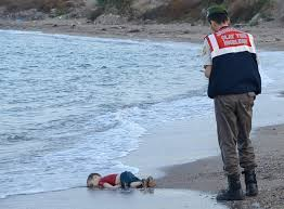 Drowned Syrian boy (Credit: guardian.com)