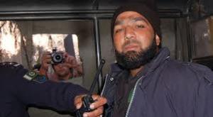 Qadri in prison van (Credit: geotv)